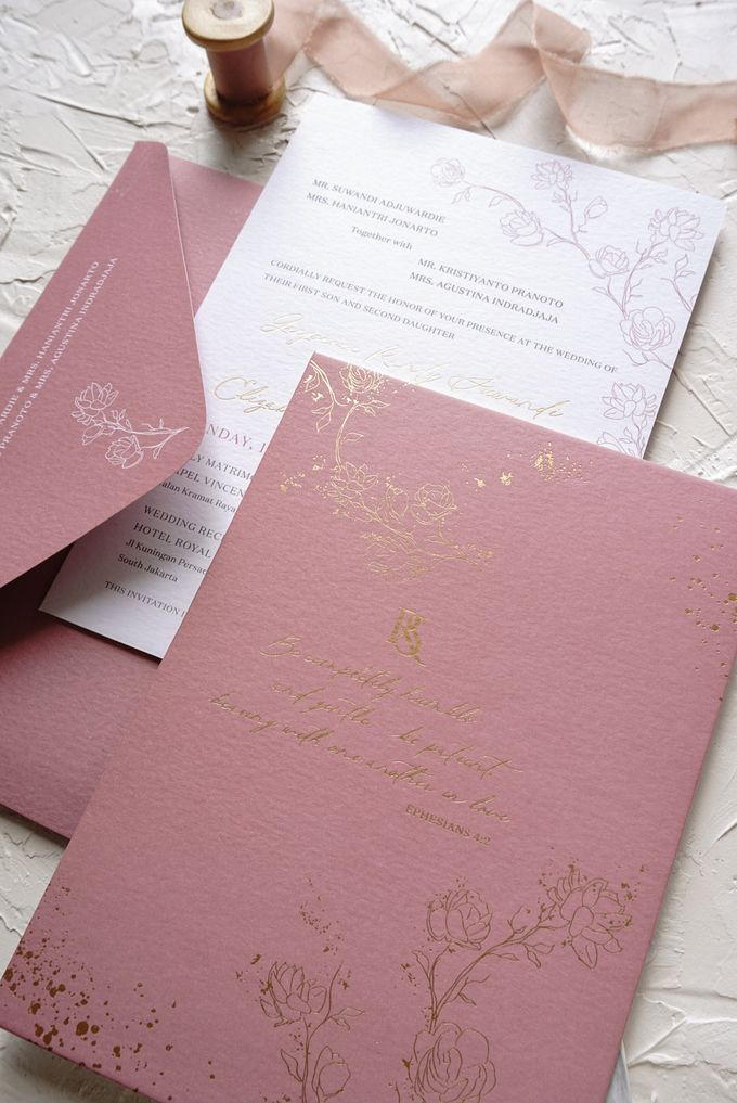 Pink Botanical by Trouvaille Invitation - 008