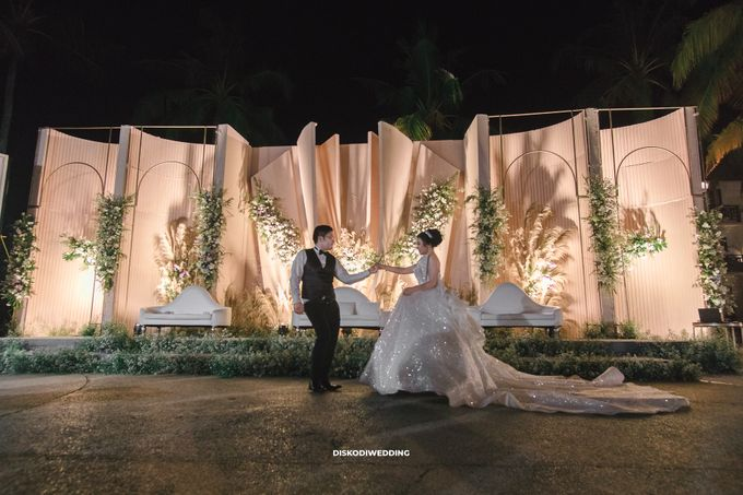 Sheraton Lampung   Intimate Yogi & Yovi by diskodiwedding - 012