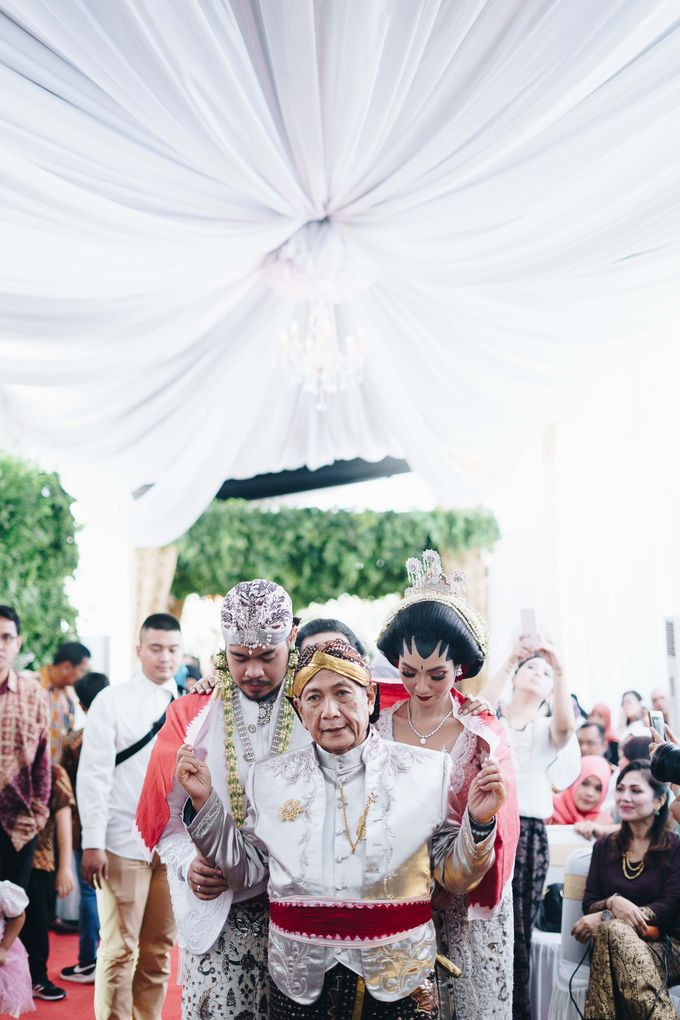 Javanese Wedding Jogja Culture by HR Team Wedding Group - 018