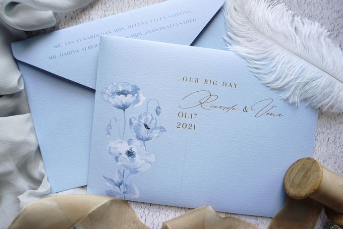 Blue Poppies by Trouvaille Invitation - 005