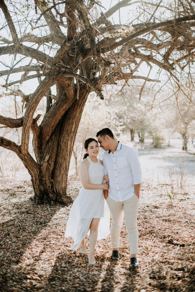 Mei & Stef Engagement Portrait by Keyva Photography - 009