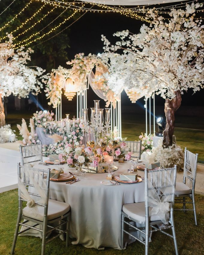 An Elegant Timeless Blush and Rose Gold Arrangement by Bali Wedding Atelier - 017