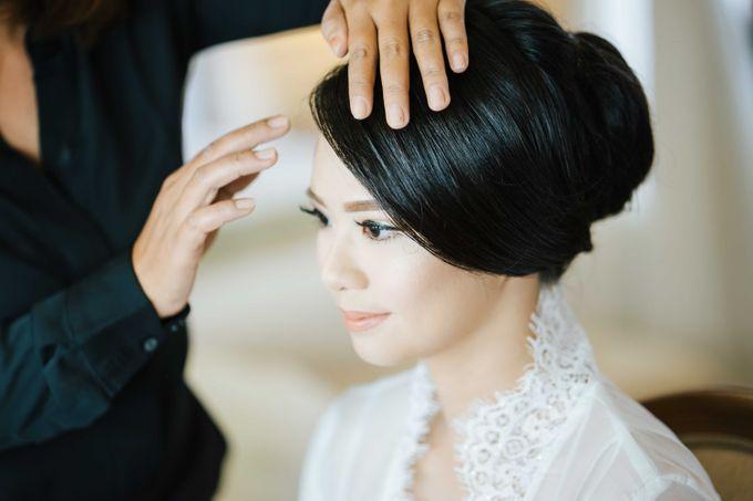 Wedding of Yulius & Caroline by Lis Make Up - 002