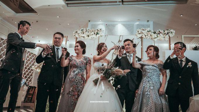 Wyl's Kitchen| Intimate Wedding Budi & Chintya by diskodiwedding - 010