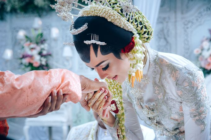 Akad Nikah of Ayu & Artha by: Gofotovideo by GoFotoVideo - 001