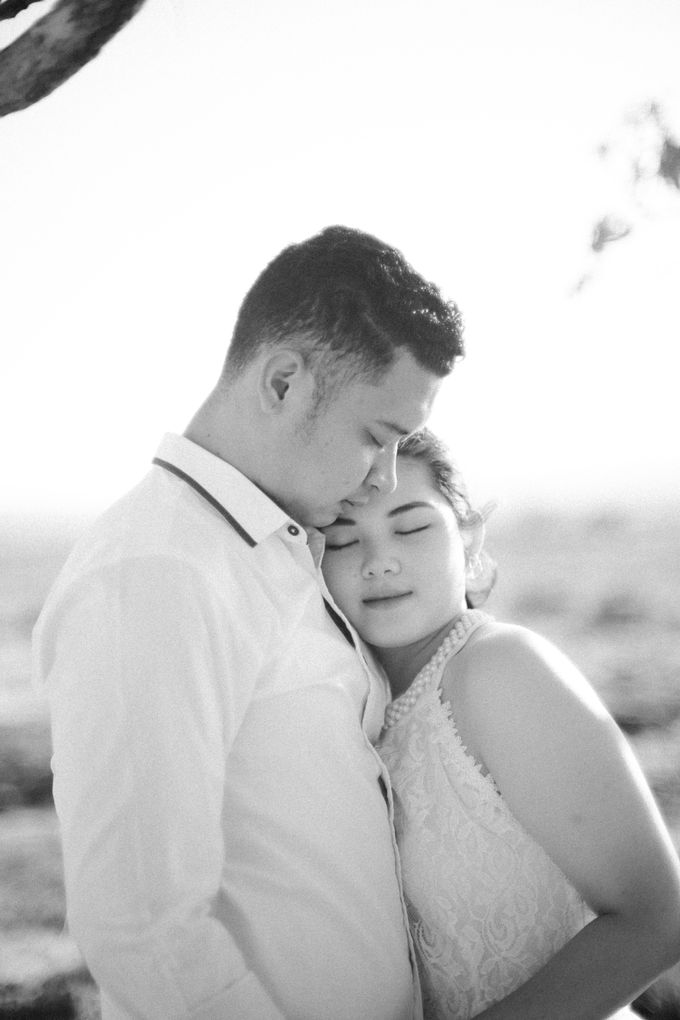 Mei & Stef Engagement Portrait by Keyva Photography - 011