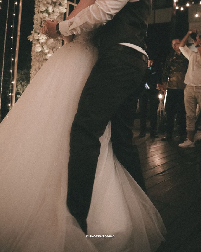 Wyl's Kitchen| Intimate Wedding Budi & Chintya by diskodiwedding - 006