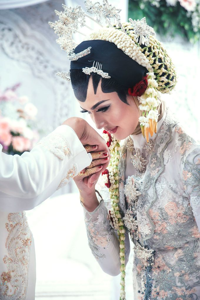 Akad Nikah of Ayu & Artha by: Gofotovideo by GoFotoVideo - 029