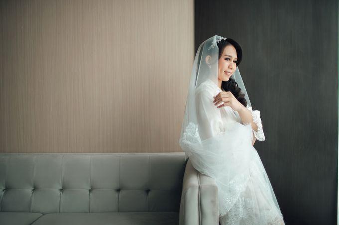 When I look at you, I can feel it. And I'm Home ❤ by Gorgeous Bridal Jakarta - 013