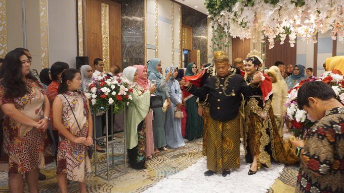 WEDDING OF DEWI & DIMAS by Grand Soll Marina Hotel - 006