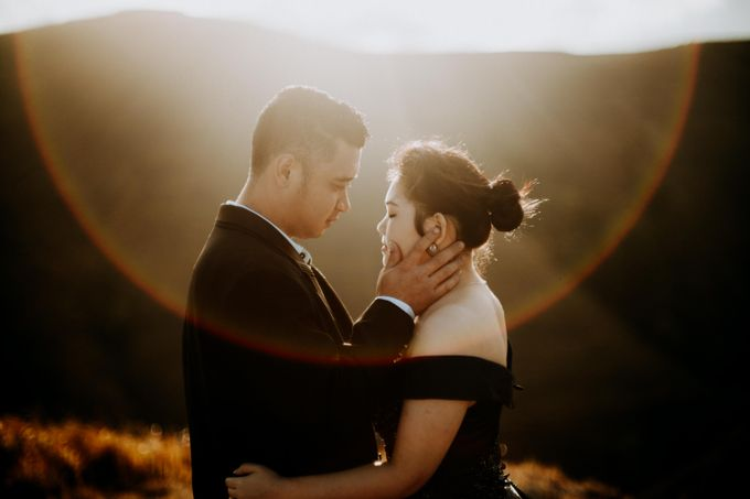 Mei & Stef Engagement Portrait by Keyva Photography - 018