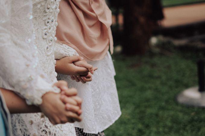 Intimate Wedding - Yoan & Tori by Loka.mata Photography - 008