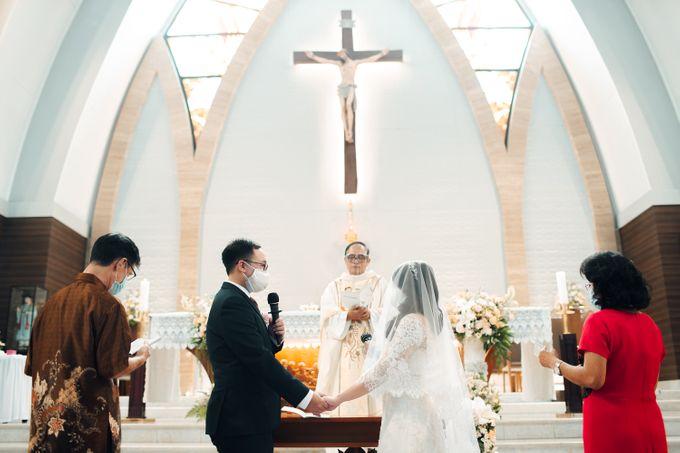 When I look at you, I can feel it. And I'm Home ❤ by Gorgeous Bridal Jakarta - 012