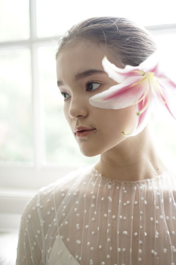 SAPTODJOJOKARTIKO Bride Collection 2019 LOOKBOOK by saptodjojokartiko bride - 011