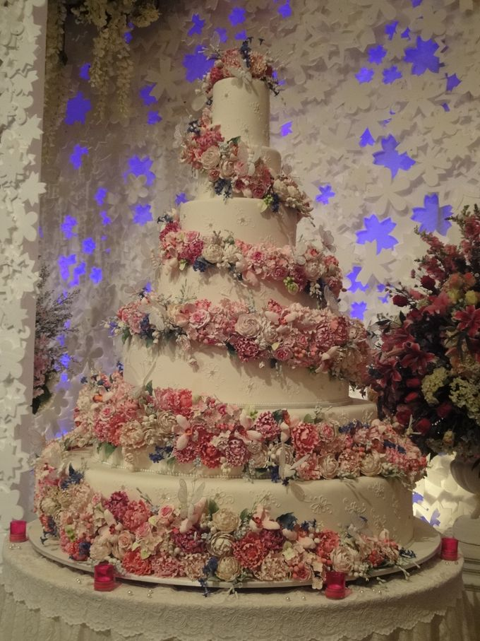 7 & 8 tiers Wedding Cake by LeNovelle Cake - 015