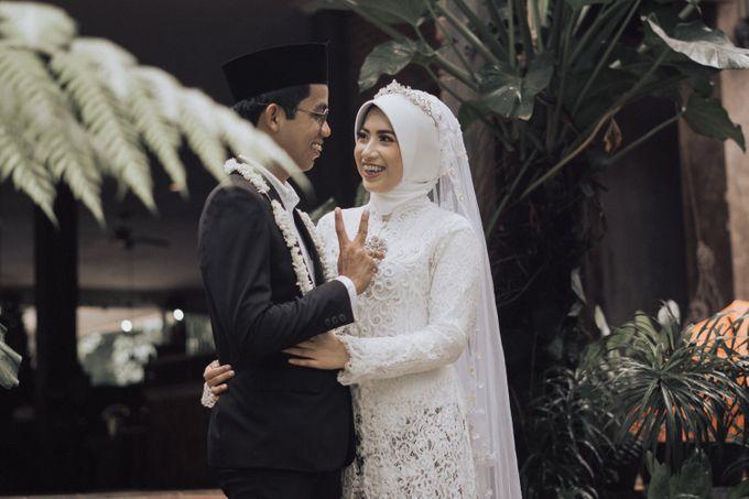 Intimate Wedding - Yoan & Tori by Loka.mata Photography - 017