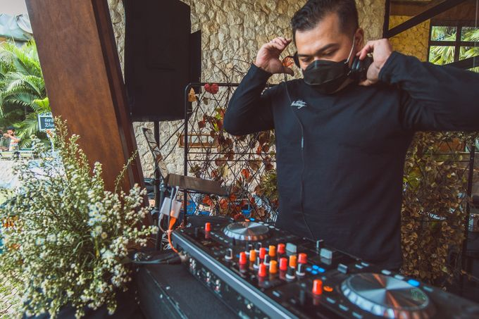 Taman Kajoe | Intimate Kendy & Dimas by diskodiwedding - 004