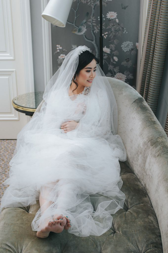 Evelyn & Jossy Wedding Preparation at Four Season Hotel by GoFotoVideo - 018