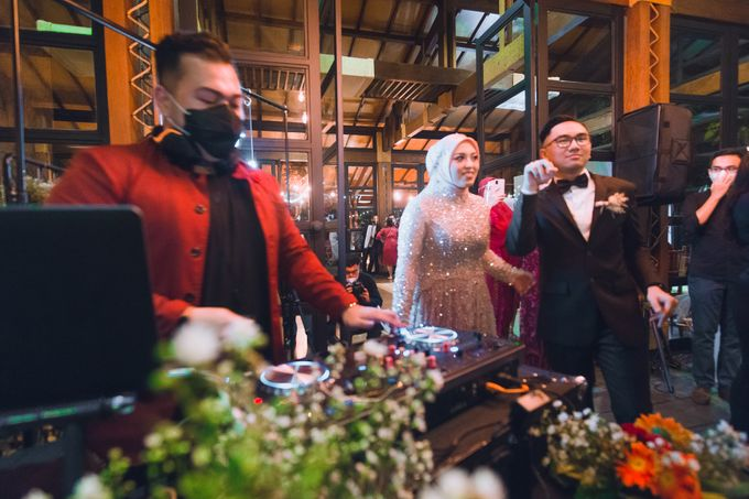 Taman Kajoe | Intimate Kendy & Dimas by diskodiwedding - 012