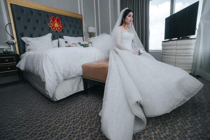 Evelyn & Jossy Wedding Preparation at Four Season Hotel by GoFotoVideo - 020