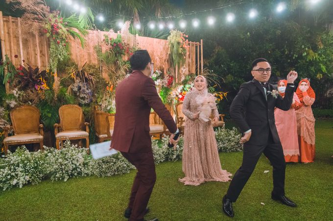 Taman Kajoe | Intimate Kendy & Dimas by diskodiwedding - 018