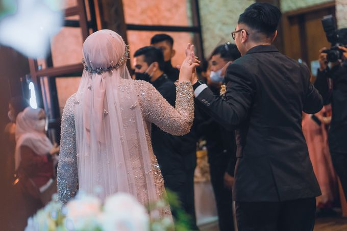 Taman Kajoe | Intimate Kendy & Dimas by diskodiwedding - 021