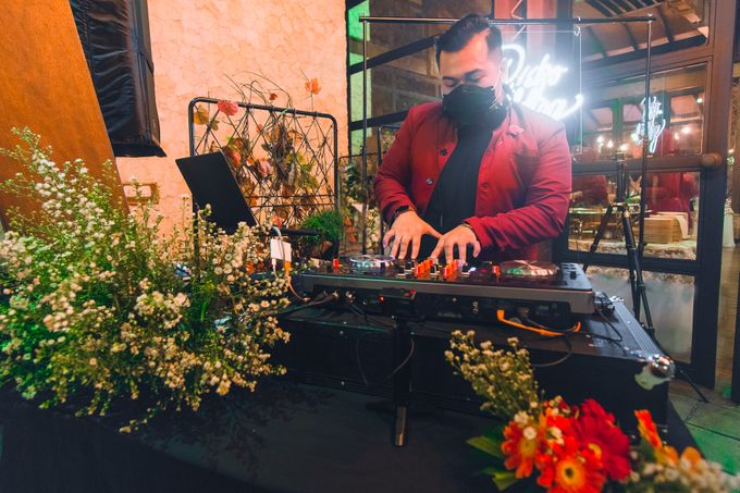 Taman Kajoe | Intimate Kendy & Dimas by diskodiwedding - 022