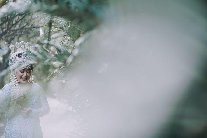Dyah & Azhari by Simple Wedding Organizer - 002