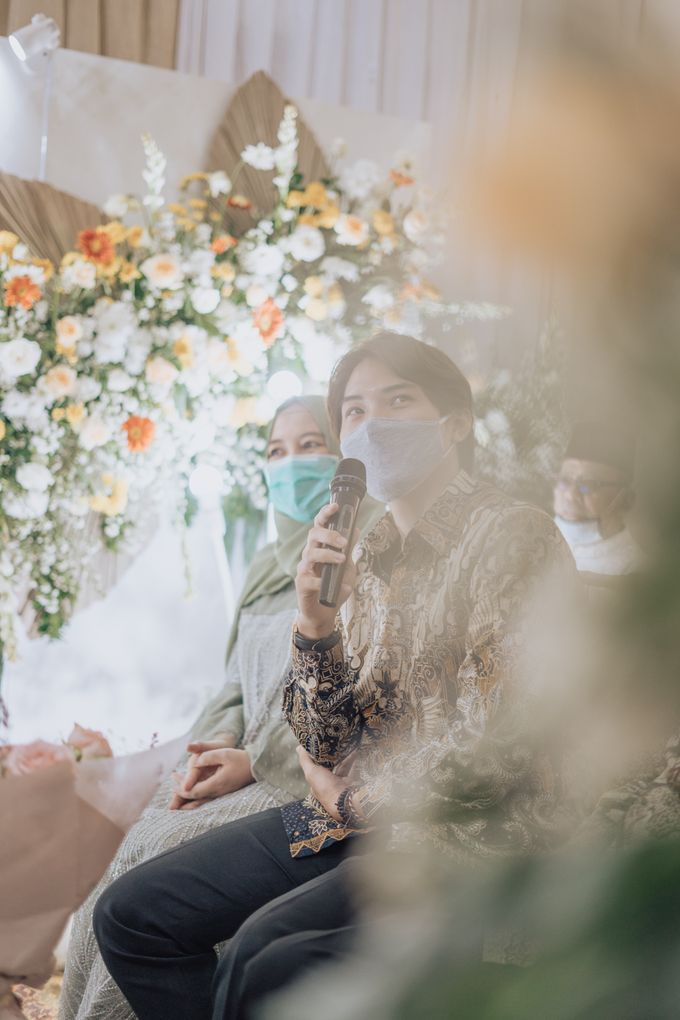 Engagement - Dira & Singgih by Loka.mata Photography - 010