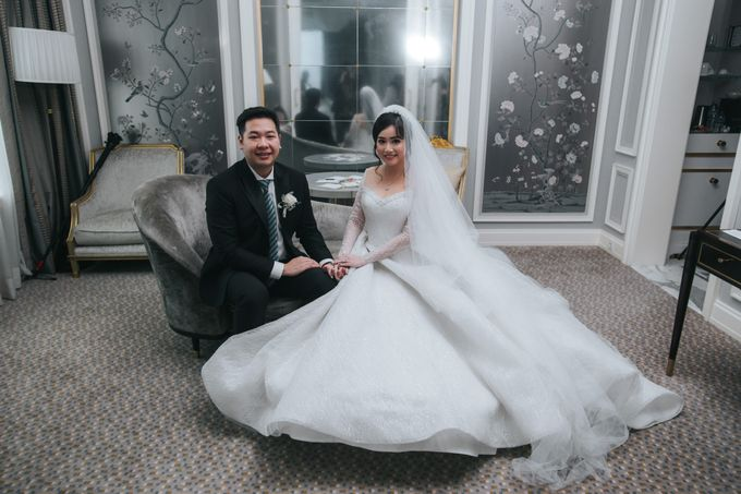 Evelyn & Jossy Wedding Preparation at Four Season Hotel by GoFotoVideo - 021