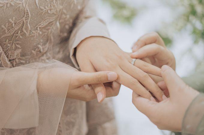 Engagement - Dira & Singgih by Loka.mata Photography - 014
