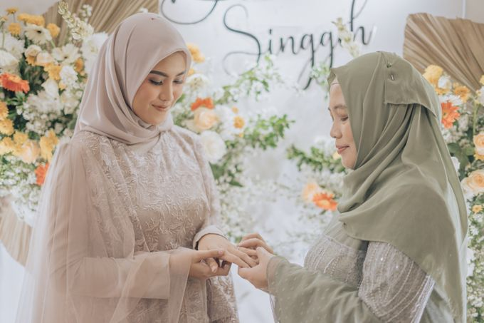 Engagement - Dira & Singgih by Loka.mata Photography - 015