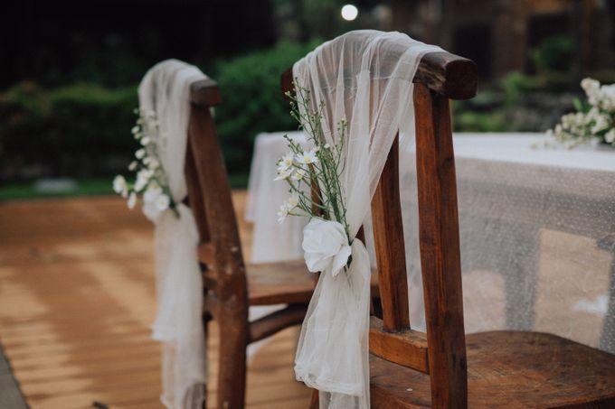 Intimate Wedding - Yoan & Tori by Loka.mata Photography - 018