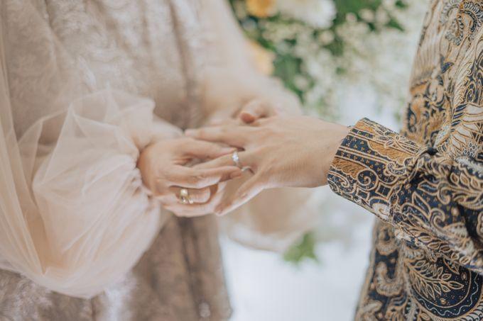 Engagement - Dira & Singgih by Loka.mata Photography - 016