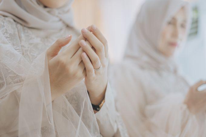 Engagement - Dira & Singgih by Loka.mata Photography - 017
