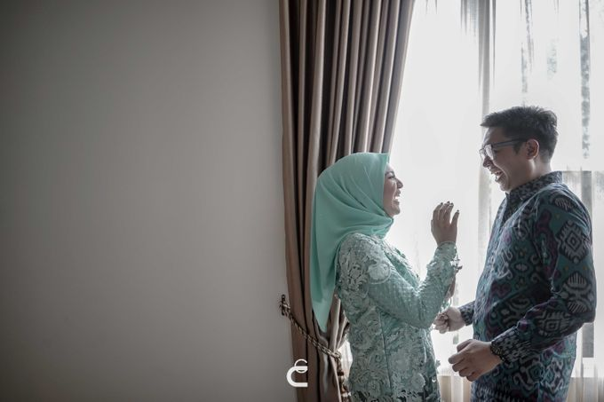 Engagement of Haezah & Rizky by Glenn Chandra Wedding - 028
