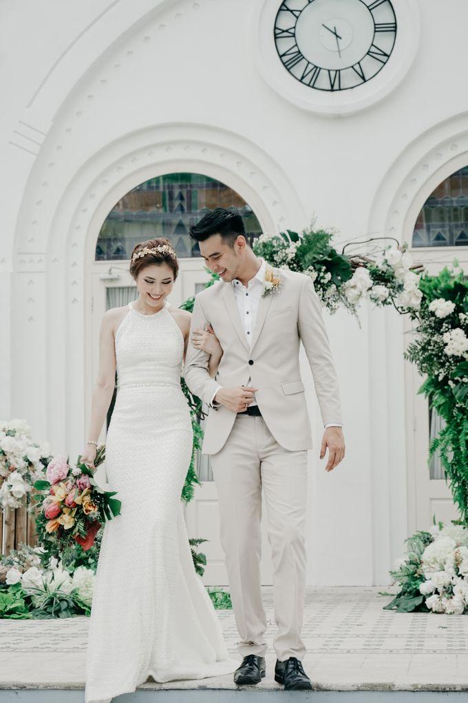 Tropical Wedding - Chintya & Glen by ELNATH - 021