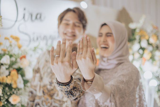 Engagement - Dira & Singgih by Loka.mata Photography - 021