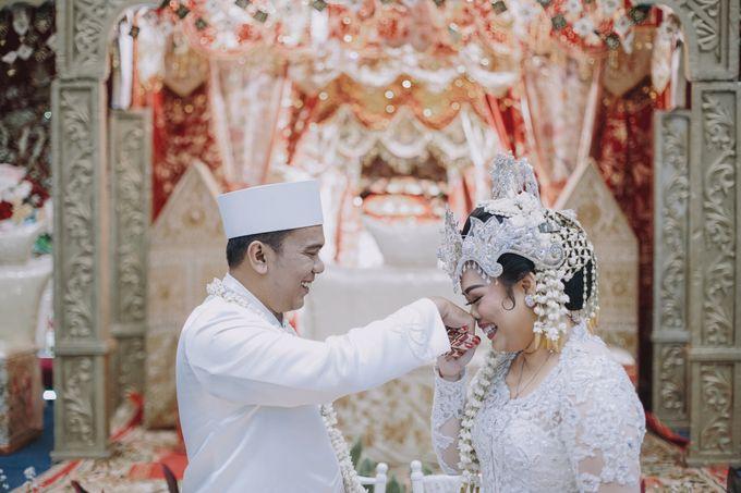 Dyah & Azhari by Simple Wedding Organizer - 005