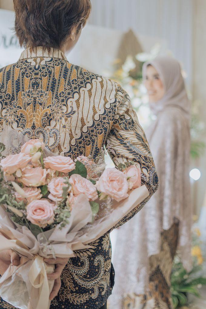 Engagement - Dira & Singgih by Loka.mata Photography - 022