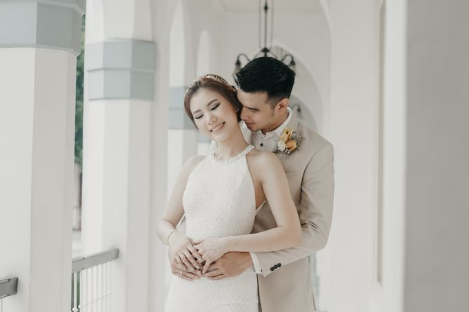 Tropical Wedding - Chintya & Glen by Angie Fior - 022