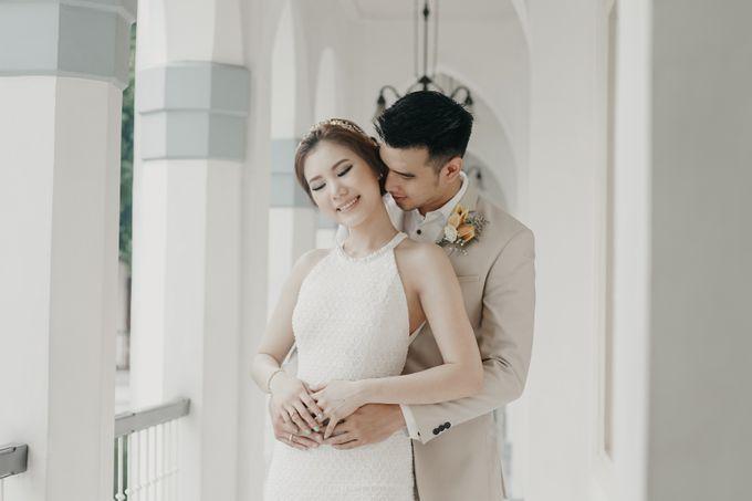 Tropical Wedding - Chintya & Glen by ELNATH - 022