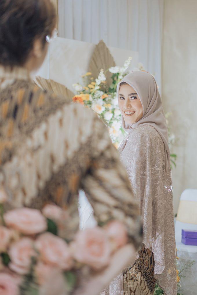 Engagement - Dira & Singgih by Loka.mata Photography - 023