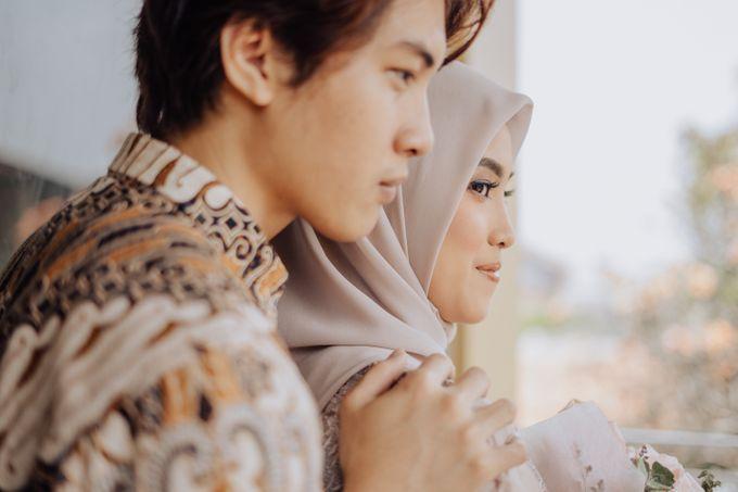 Engagement - Dira & Singgih by Loka.mata Photography - 024