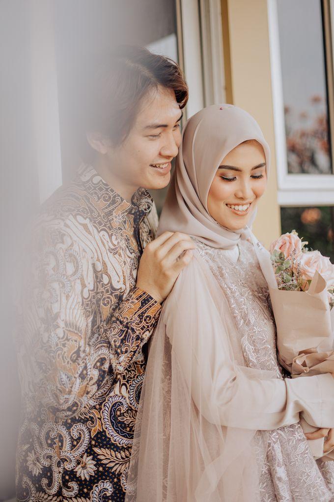 Engagement - Dira & Singgih by Loka.mata Photography - 026