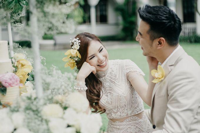 Tropical Wedding - Chintya & Glen by ELNATH - 025