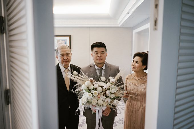 Mr W and Mrs I Wedding Day by Hummingbird Road - 024