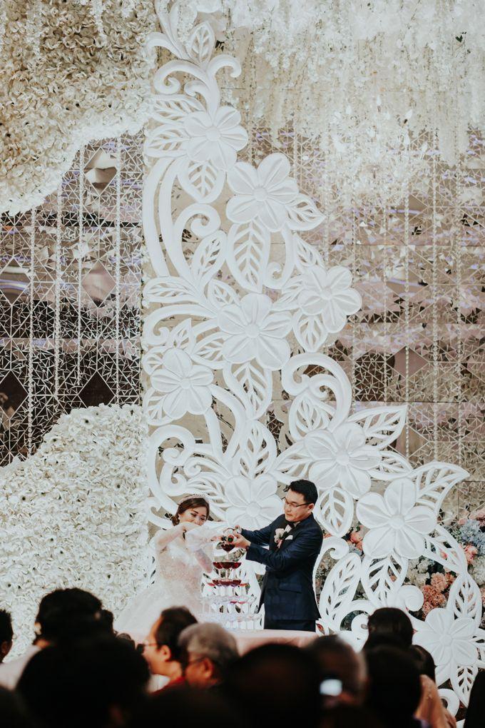 Wedding Rosjanto & Stella by Memoira Studio - 040