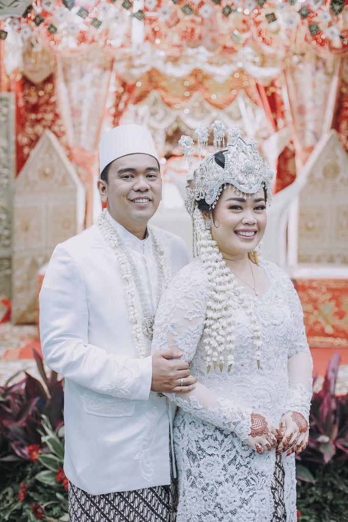 Dyah & Azhari by Simple Wedding Organizer - 006