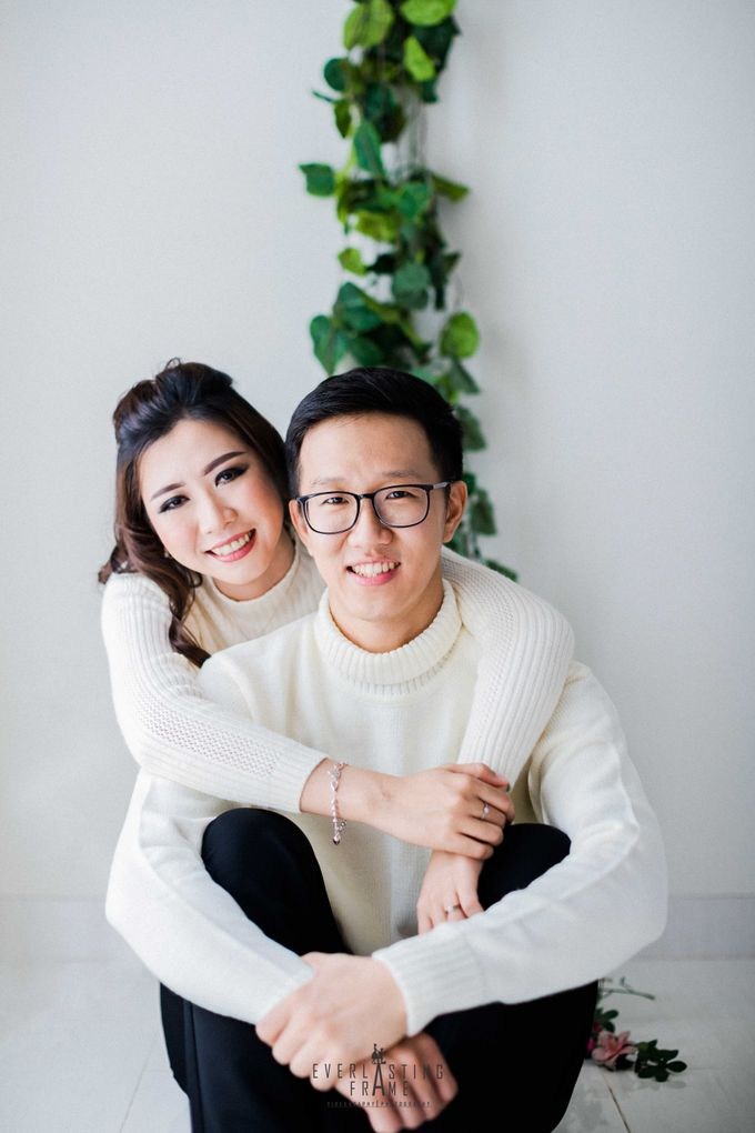 Yulius & Melisa Photo Studio by Everlasting Frame - 007